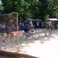 bicicelta-fotbal.jpg